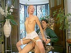 Adalina Perron  nackt