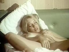 Carol nackt Connors Jaime Ray